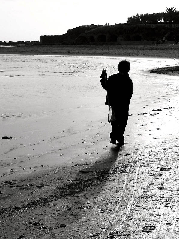 Photo of a child and his shadow
